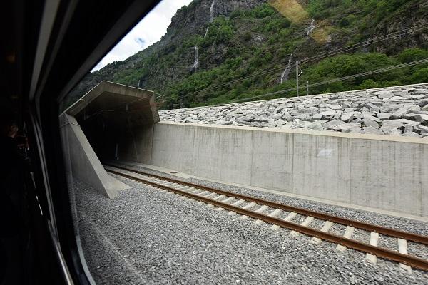Ingresso nel tunnel durante il viaggio inaugurale
