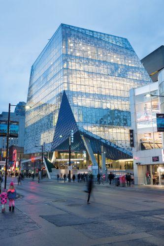 Ensinger-Lo Student  Learning Centre della  Ryerson University di Toronto - fonte Lorne Bridgeman