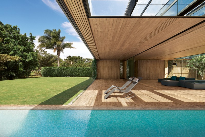 Etic Pro, pavimentazione con effetto legno ideale per ambienti esterni