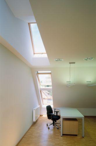 Per il Museo di Architettura Rurale di Opole in Polonia sono state installate 30 finestre Fakro modello a bilico FTP-V