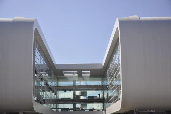 Sheraton Malpensa Airport hotel realizzato con materiali compositi