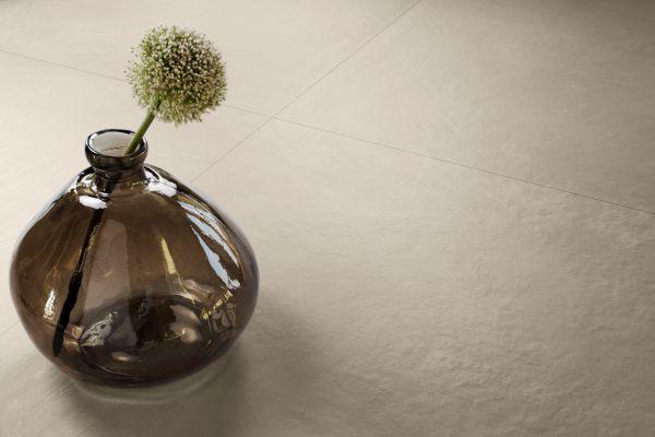 La collezione in gres Fornace di ceramiche Refin, nel colore Tortora