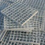 Griglie e sigilli zincati nella ricerca di nuove soluzioni progettuali urbane