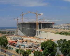 Gru per il cantiere di Renzo Piano
