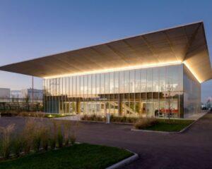 Mario Cucinella Architects firma il nuovo Headquarter Iperceramica
