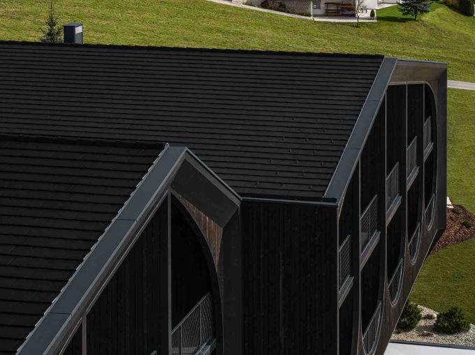 BMI per il tetto dell'hotel Milla Montis