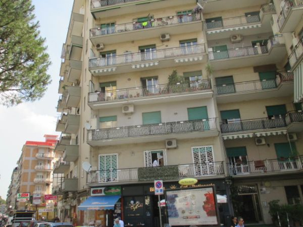 Sistema di consolidamento Systab per un condominio a Napoli