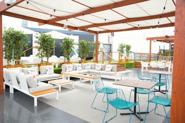 IMPERTEK - Hi-Line Rooftop Bar_43-2