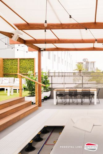 Oltre 2300 supporti Impertek utilizzati per la realizzazione dell'Hi-Line Rooftop Bar del Crown Resort