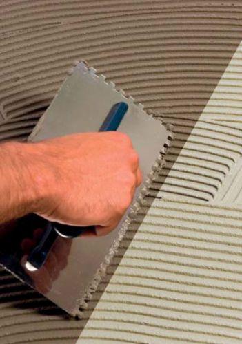 InColla, le nuove colle di Bernardelli Group per pavimenti e rivestimenti di grande formato
