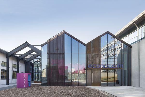 Le facciate vetrate de la Forgitura, Studio Tortato Architetti