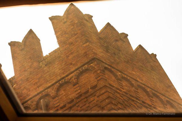 Finestre Fakro per il restauro del castello di Lajone