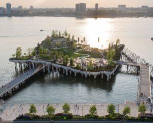 Little Island: il parco pubblico diventa scultura