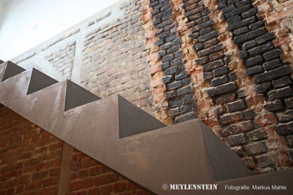 Scala progetto riqualificazione di un'antica casa di inizio 900  di Berlino