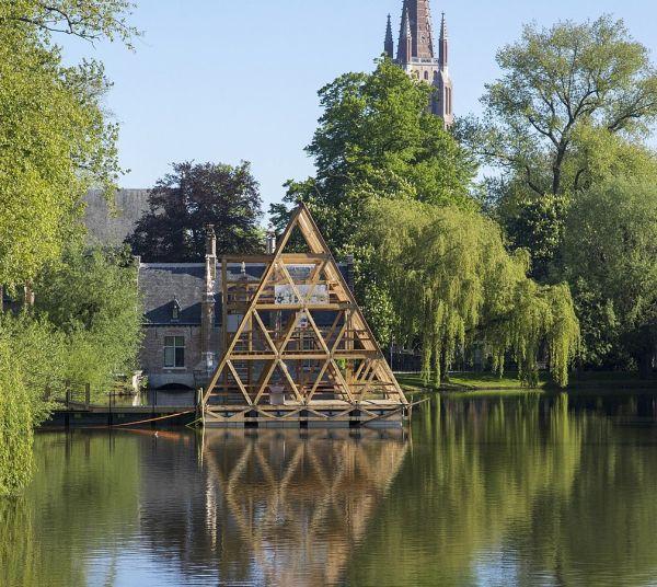 Minne Floating School Bruges