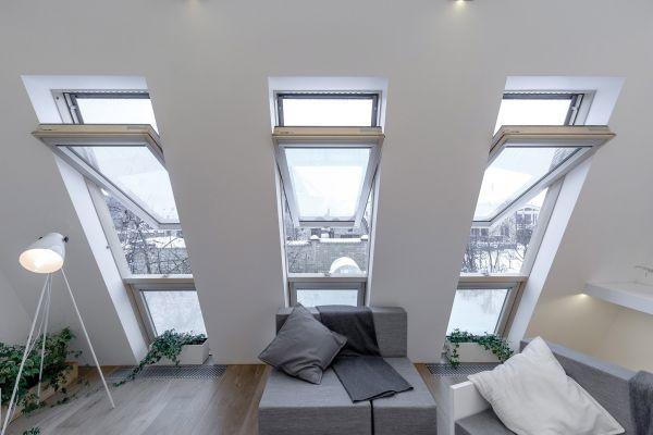 Le finestre Fakro nella riqualificazione di una mansarda a Mosca