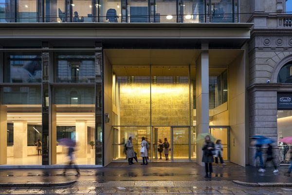 Ingresso NOW nuova sede di Oliver Wyman a Milano