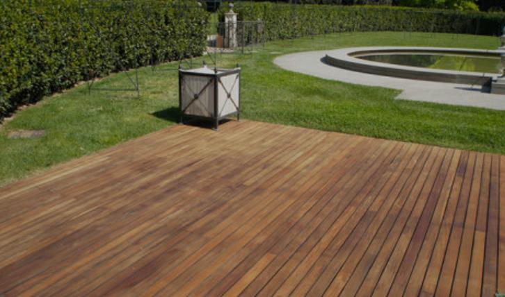 Pavimenti in legno per esterni il fascino del legno per gli