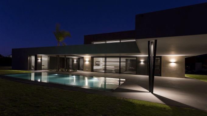 Illuminazione PERFORMANCE IN LIGHTING per  una villa a Sanlúcar de Barrameda