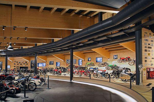 In Austria a Objektreportage realizzato il Top Mountain Crosspoint, museo della motocicletta
