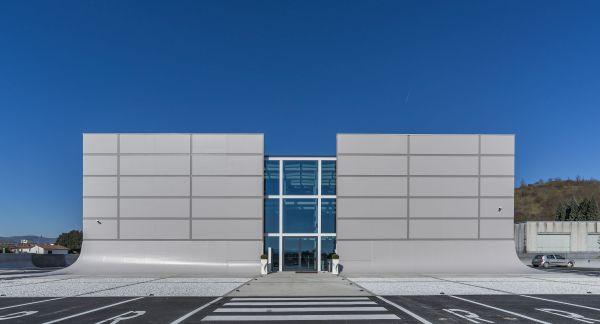 Nuova palazzina di uffici bipiano di Pelletteria Ellepì