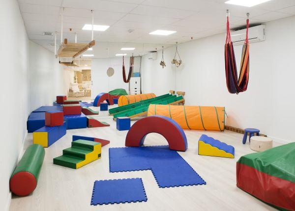 Nella Piscina Penguin di Barcellona anche lo spazio gioco per i bambini