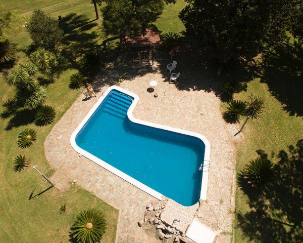 Modalità costruttive per realizzare una piscina in giardino