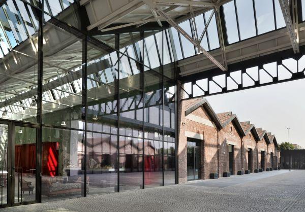 Gucci hub, l'architettura prevede una continua relazione tra interni ed esterni