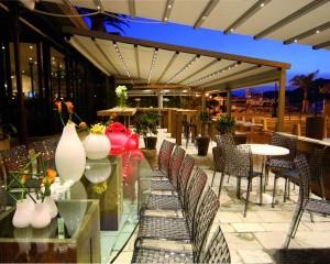 Soluzione Somfy per un ristorante in Corsica