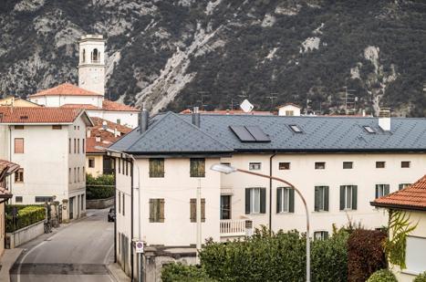 Scaglie Prefa nell'intervento di ristrutturazione di un'abitazione privata in Friuli
