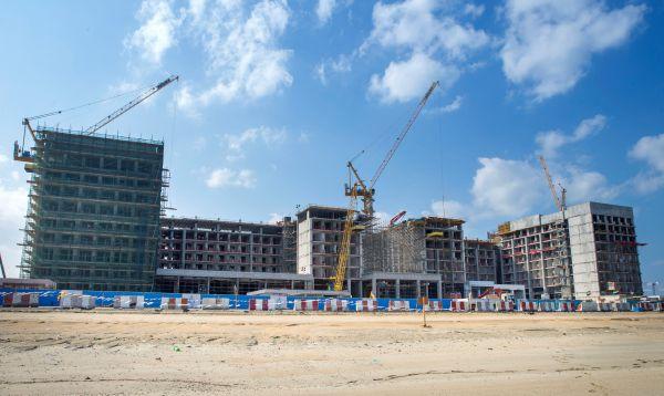 Dubai, il cantiere del RIU resort