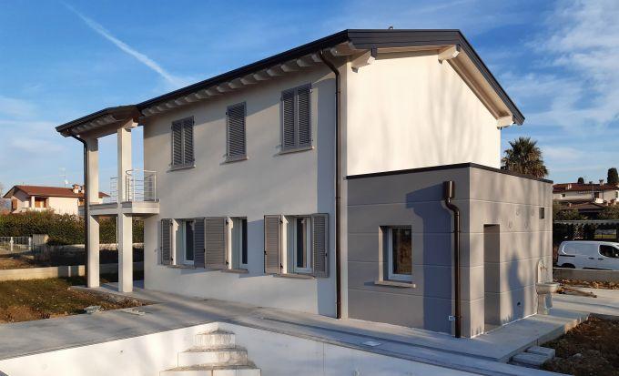 Efficienza energetica e sicurezza in un edificio in provincia di Brescia grazie a Normablok Più S40 MA