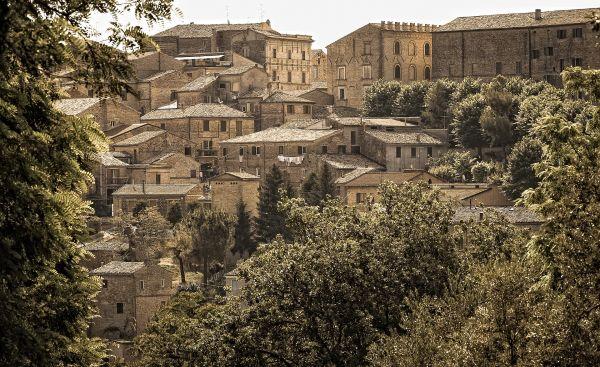 Recupero edifici rurali e borghi storici