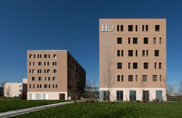 Le due torri delle nuove Residenze Humanitas University