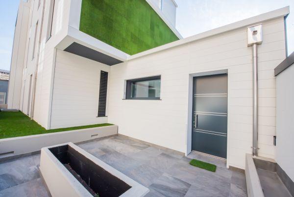 Rivestimento Alu-skin di Alubel per un edificio residenziale di Seregno