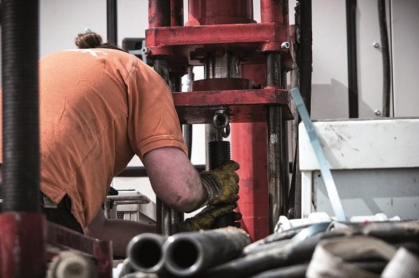 Preparazione di un micropalo in acciaio