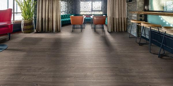 Pavimento vinilico eterogeneo Silentflor Wood PUR