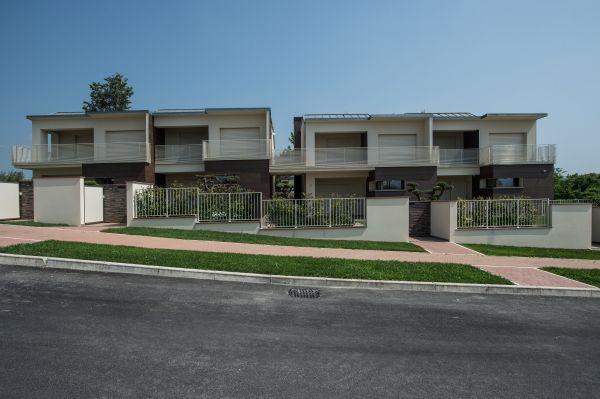 Lastre di terracotta San Marco Terreal per l'edificio a Savignano sul Rubicone