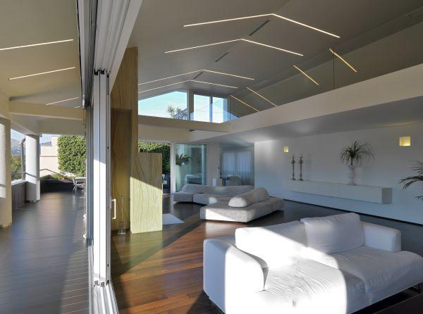 Luce e architettura per una villa privata con affaccio sulla Reggia di Caserta
