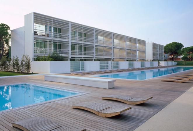 Scorcio-Pool-Houses