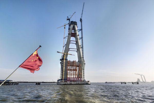 Ponte Shanghai-Nantong sul fiume Yangtse in Cina