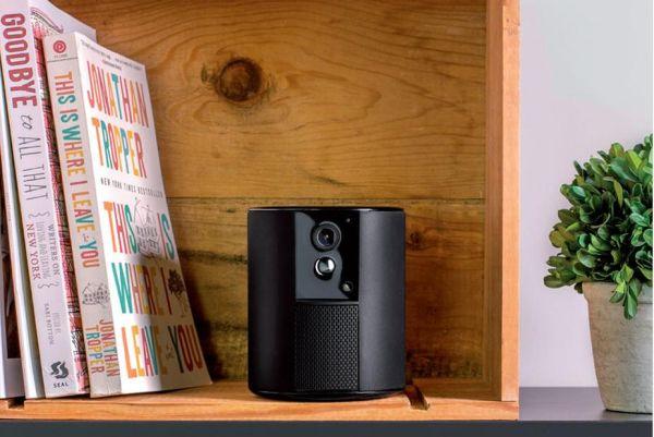 Somfy One unisce telecamera da interno e allarme in un unico oggetto