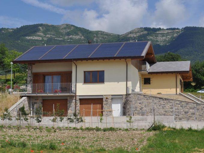 Tegosolar: tegola fotovoltaica di Tegola Canadese
