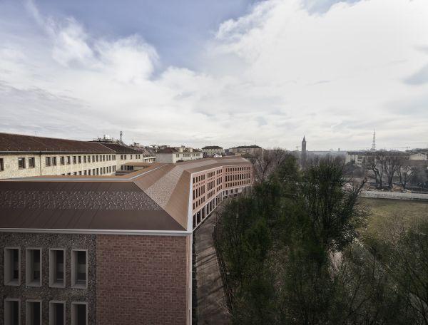 L'edificio Vetra building visto dall'alto