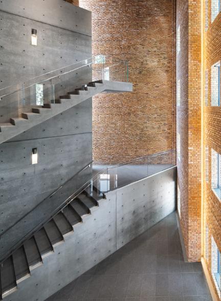 Galleria Wrightwood a Chicago, gli interni dal grande impatto scenico