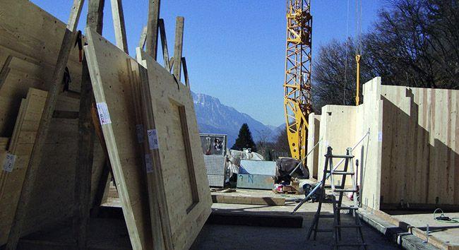 Costruzione di un edificio in Xlam