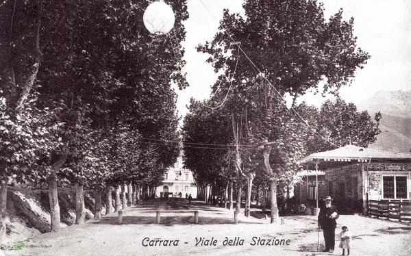 Viale della stazione di san Martino in una foto d'epoca