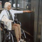 Ascensore condominiale: e se la carrozzella non entra?