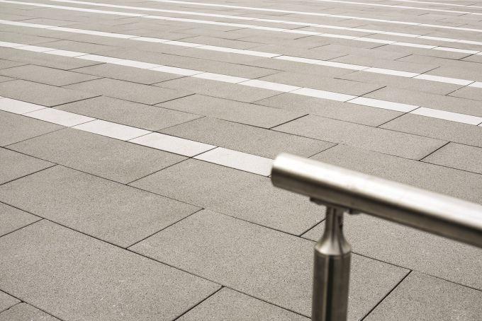 BIG, la pavimentazione esterna di grande formato, bella e robusta