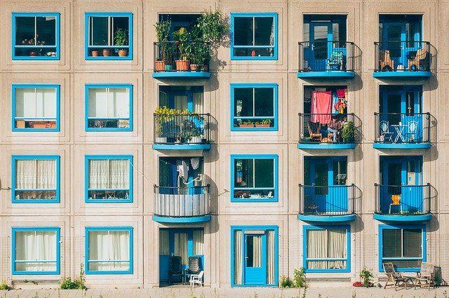 Bonus facciate, ok anche per il rinnovo degli elementi costitutivi dei balconi